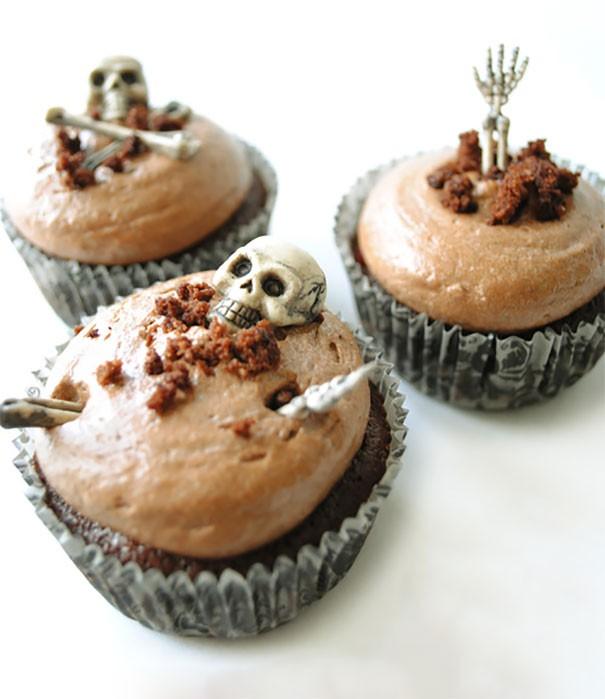 Babeczki zombie na Halloween