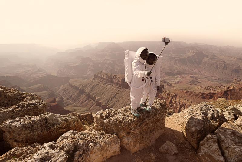 Greetings from Mars, fot. Julien Mauve