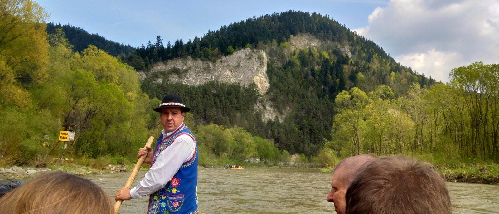 Spływ Dunajcem uwieczniony aparatem w nowej Xperii 10